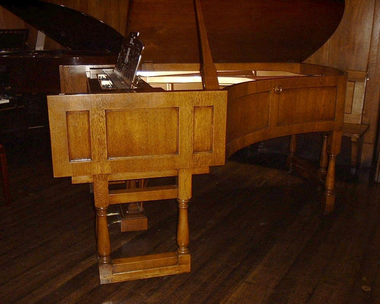 grand pianos - Ronisch Grand Piano - Oak Arts & Crafts 2